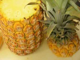 Prepare pineapples
