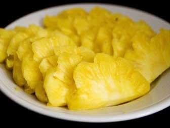 6 Best Pineapple Health Benefits